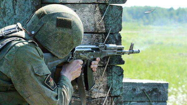 Испытания на право ношения крапового берета в учебном центре Национальной гвардии РФ.Архивное фото