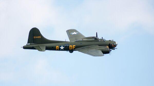 Тяжелый бомбардировщик США Boeing B-17 Flying Fortress
