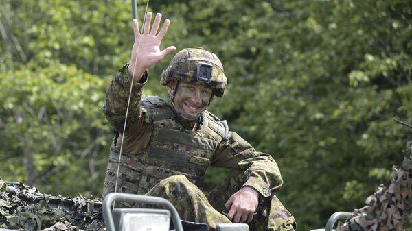 На центральном полигоне Сил обороны Эстонии в Тапа в Эстонии