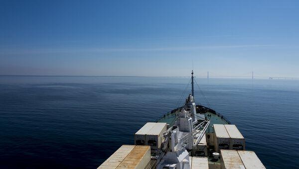 Грузовой корабль. архивное фото