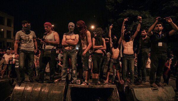 Протестующие в Ереване. Архивное фото