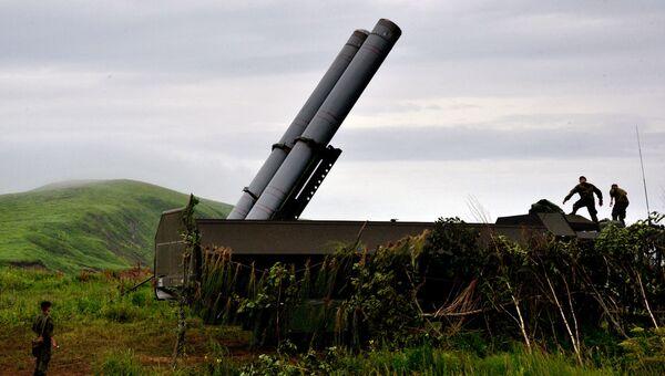 Новый береговой ракетный комплекс Бастион во время учений в Приморском крае. Архивное фото