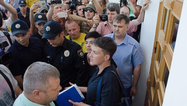 Депутат Верховной рады Украины Надежда Савченко на митинге в Одессе. 24 июля 2016