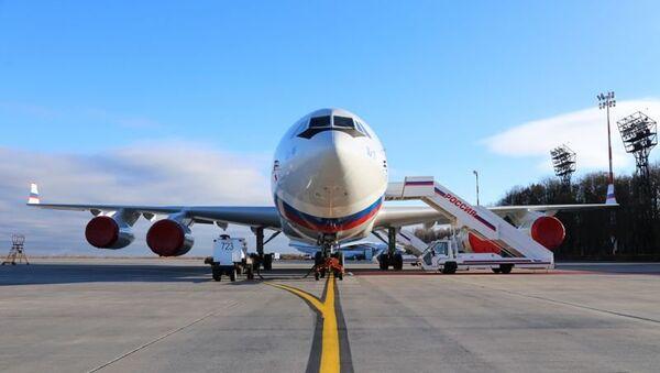Самолет Ил-96-400. Архивное фото.