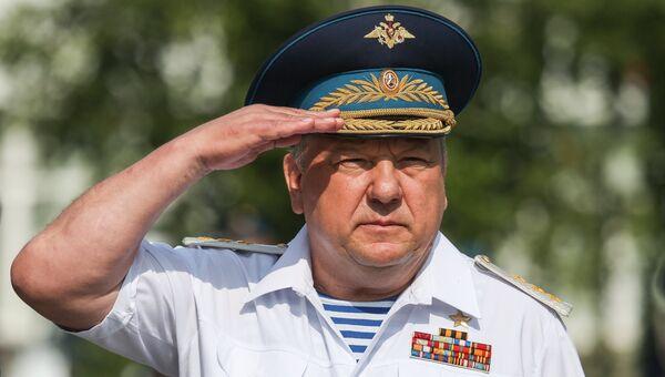 Командующий Воздушно-десантными войсками РФ, генерал-полковник Владимир Шаманов на торжественном мероприятии в Самаре, посвященном празднованию дня ВДВ
