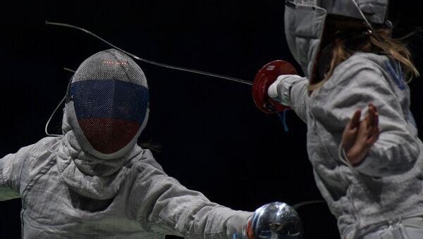 Яна Егорян (Россия) (слева) и Екатерина Дьяченко (Россия) на XXXI летних Олимпийских играх.