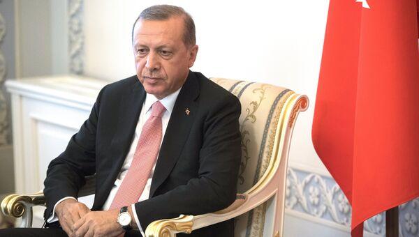 Президент Турции Реджеп Тайип Эрдоган во время встречи с президентом России Владимиром Путиным в Санкт-Петербурге. 9 августа 2016