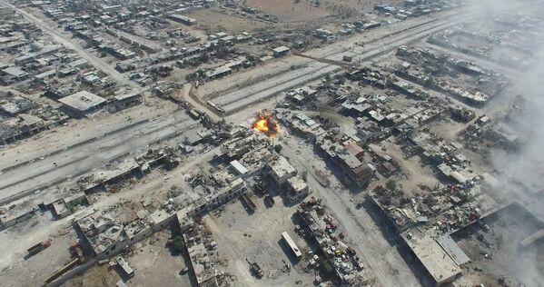 Нанесение авиаударов по террористам в квартале Рамусе на юго-западе Алеппо