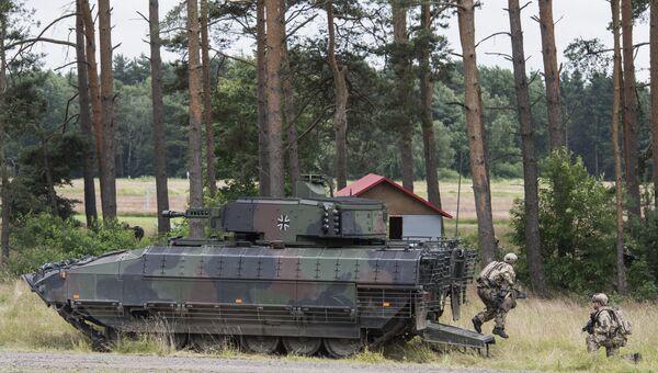 Немецкая боевая бронированная машина. Архивное фото