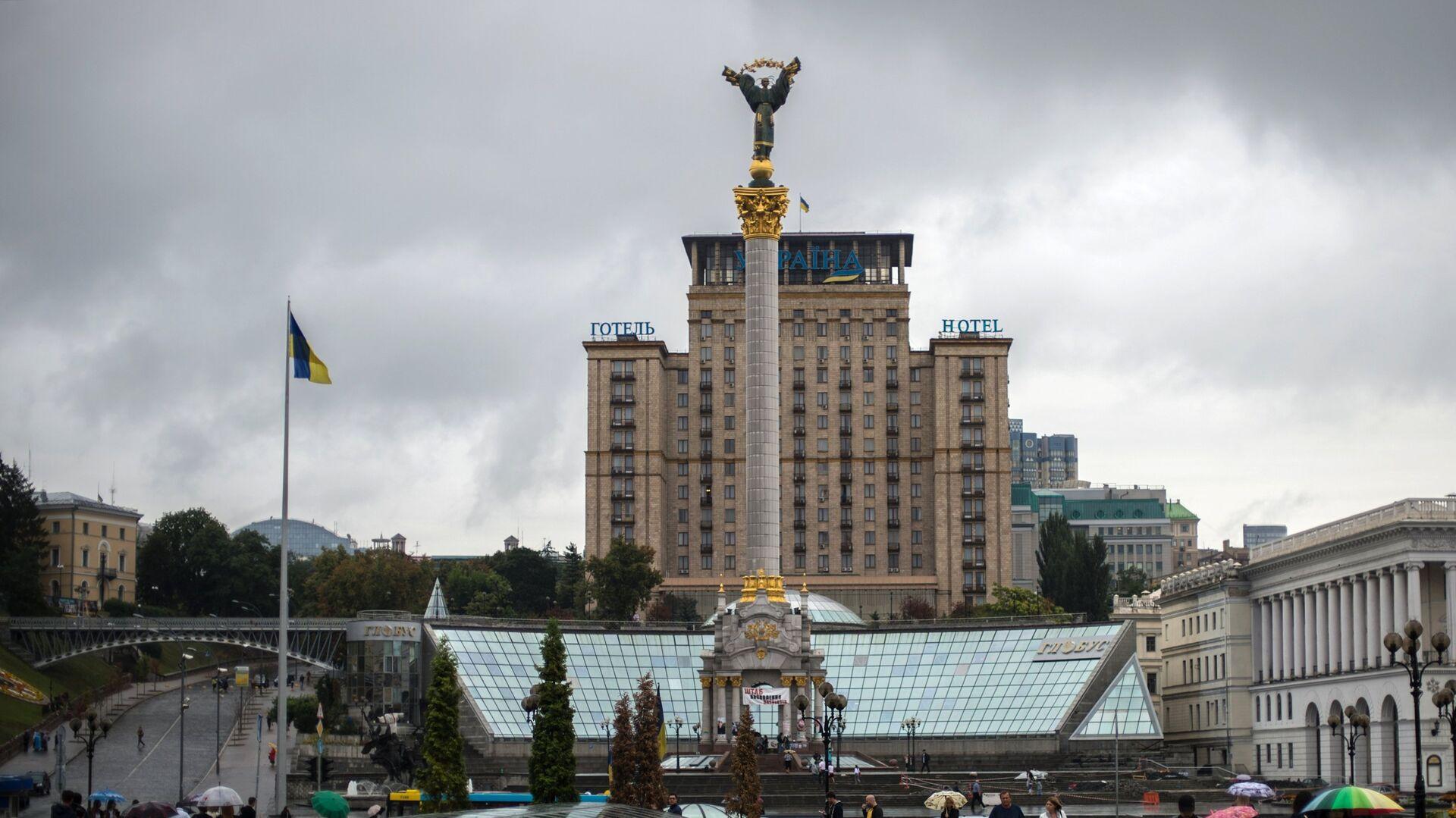 Монумент Независимости Украины на площади Независимости в Киеве - РИА Новости, 1920, 12.01.2021