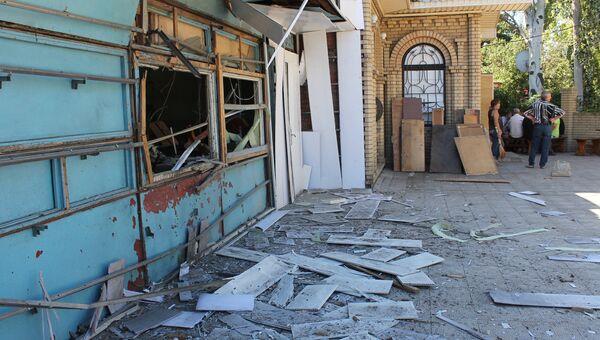 Летнее кафе, разрушенное в результате ночного обстрела артиллерией ВСУ. Архивное фото