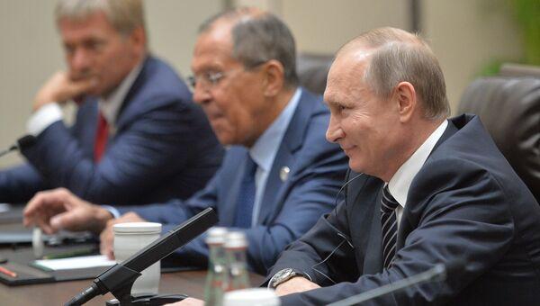 Президент РФ Владимир Путин во время встречи с президентом США Бараком Обамой в Ханчжоу. 5 сентября 2016