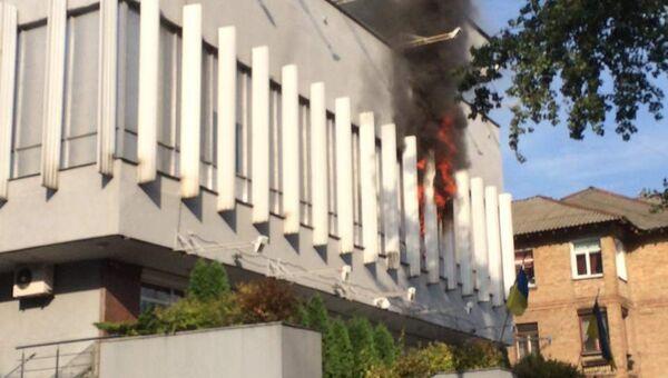 Пожар в здании телеканала Интер в Киеве. Архивное фото