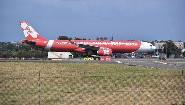 Самолет Airbus A330 авиакомпании AirAsia в аэропорту Сиднея, Австралия. Архивное фото