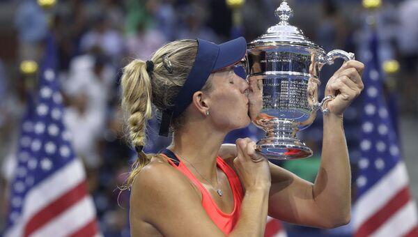 Немецкая теннисистка Ангелика Кербер после победы на турнире US Open. 10 сентября 2016