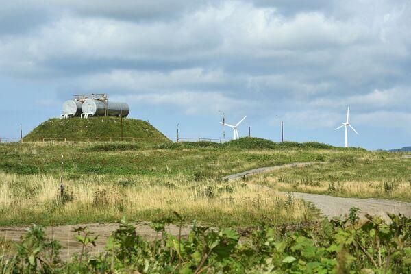 Ветряная электростанция на южной окраине острова Кунашир Большой Курильской гряды