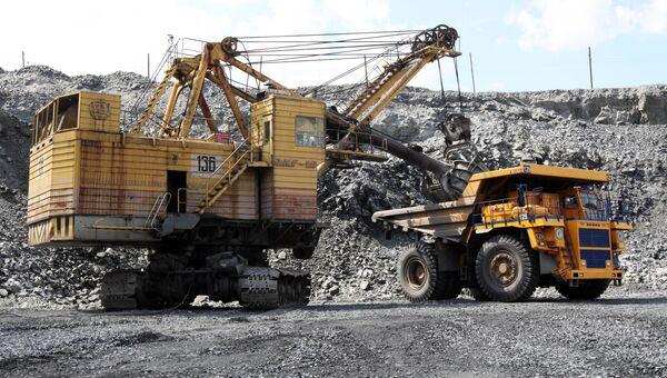 Добыча железной руды. Архивное фото