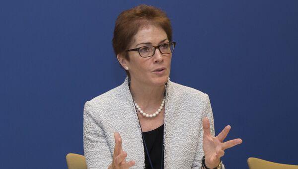 Посол США на Украине Мари Йованович. Сентябрь 2016