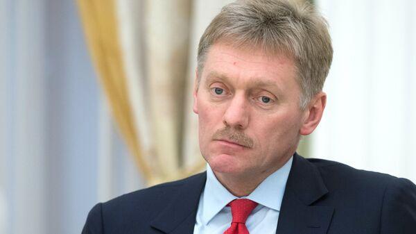 Песков переадресовал в правительство вопрос о создании президиума