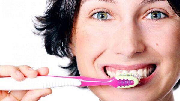 Умная зубная щетка Smartybrush