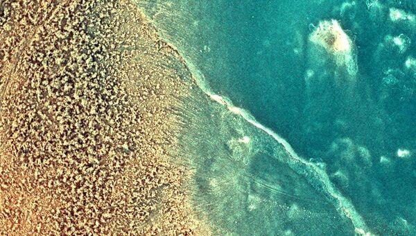 Цветное изображение поверхности Марса