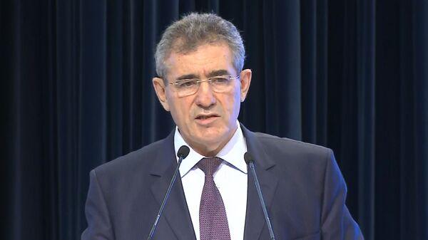 Руководитель столичного Департамента образования Исаак Калина