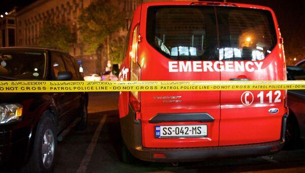 Оцепление на месте взрыва машины оппозиционного депутата парламента Грузии Гиви Таргамадзе в центре Тбилиси