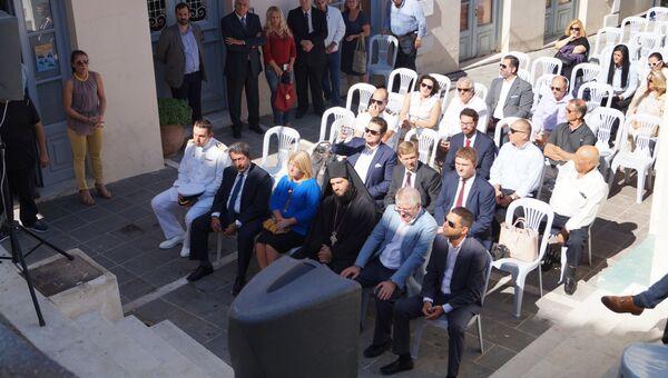 Замглавы МИД РФ Алексей Мешков на церемонии открытия памятной доски на острове Порос