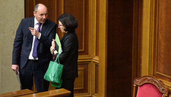 Первый заместитель председателя Верховной Рады Украины Андрей Парубий (слева)