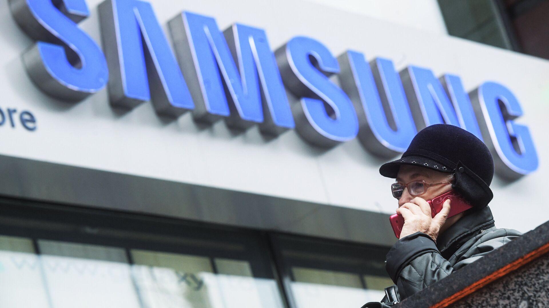 """Samsung """"распрощалась"""" с рядом популярных смартфонов"""