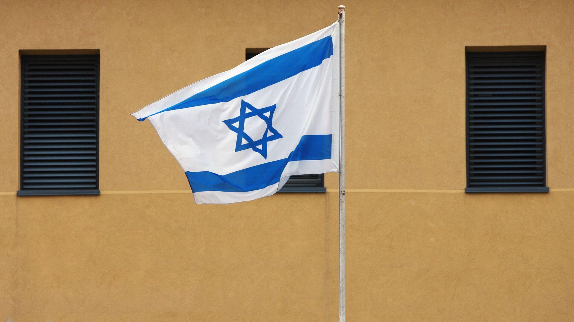 Израильский флаг у посольства Израиля в Москве - РИА Новости, 1920, 15.12.2020