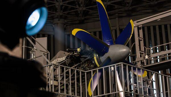 Испытания нового авиационного двигателя в Санкт-Петербурге
