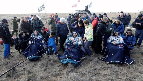 Члены экипажа МКС Анатолий Иванишин, Такуя Ониши и Кэйтлин Рубинс вернулись на землю