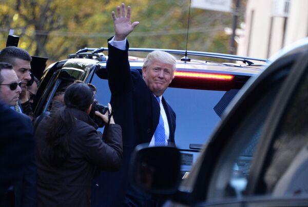 Кандидат в президенты США от республиканцев Дональд Трамп в Нью-Йорке в день выборов президента США