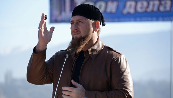 Глава Чеченской Республики Рамзан Кадыров выступает на открытии моста через реку Аргун