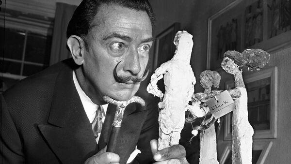 Испанский живописец и скульптор Сальвадор Дали в Нью-Йорке, 1956 год