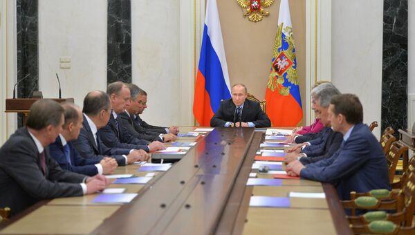 Президент РФ Владимир Путин провел заседание Совбеза РФ. 8 ноября 2016 года