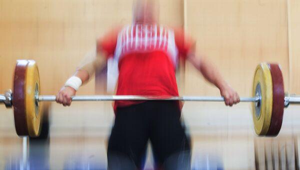 Российская тяжелоатлетка. Архивное фото