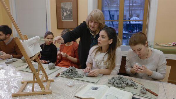 Уроки красоты: чему учатся пластические хирурги в Пушкинском музее