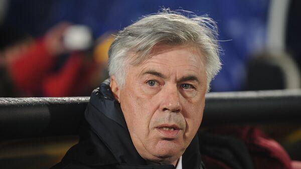 Главный тренер Баварии Карло Анчелотти в матче группового этапа Лиги чемпионов против ФК Ростов