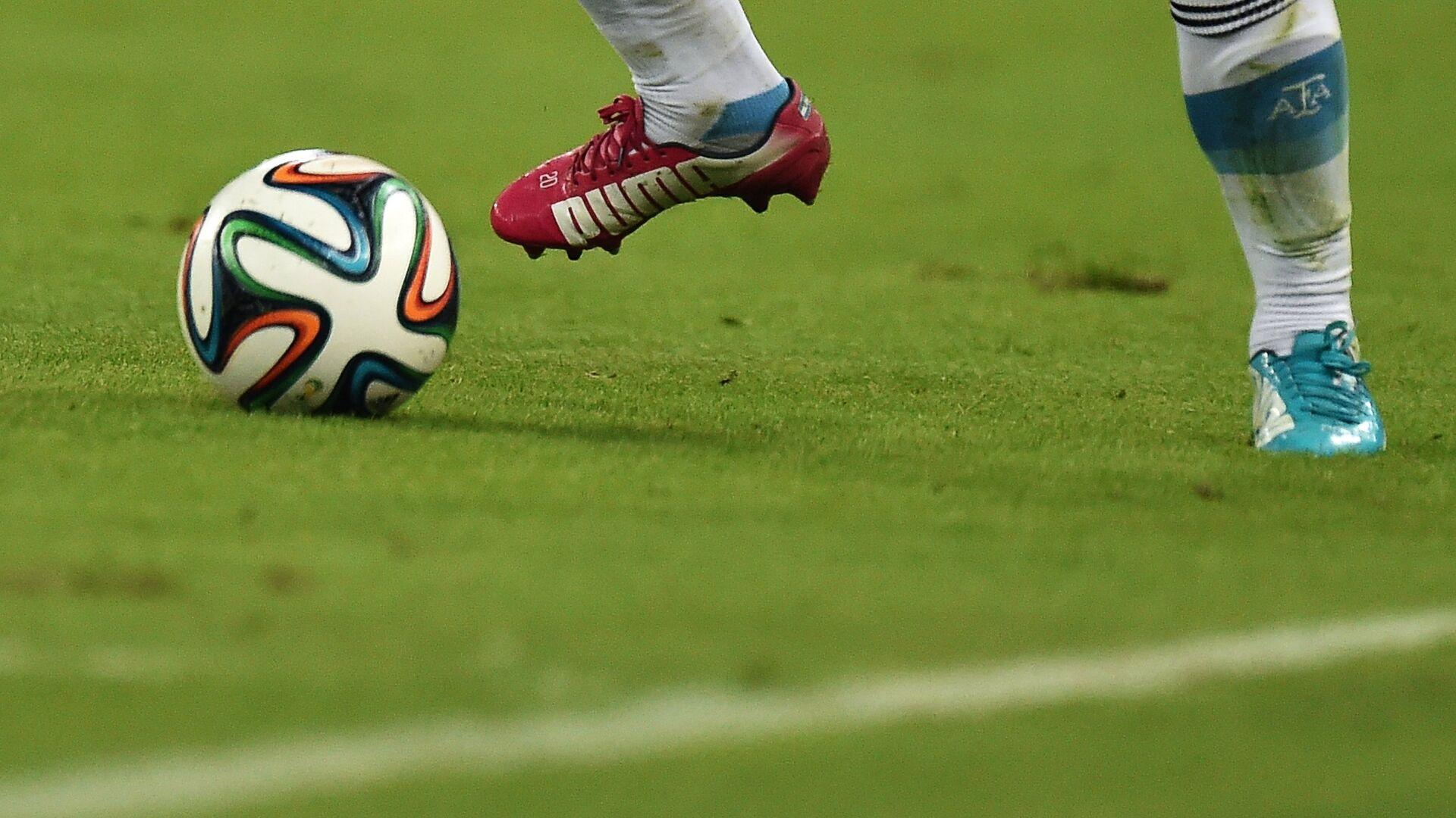 Игрок в матче группового этапа Чемпионата мира по футболу 2014 между сборными командами Аргентины и Боснии и Герцеговины - РИА Новости, 1920, 17.06.2021