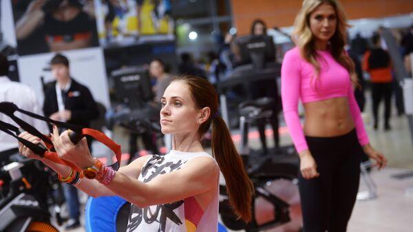 Девушки во время тренировки