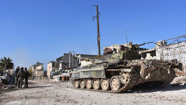 Военные сирийской армии в одном из восточных районов Алеппо. Архивное фото