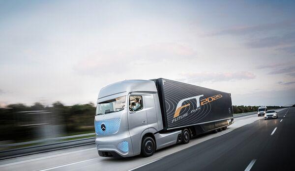 Беспилотный грузовик Mercedes-Benz