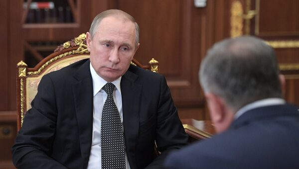 Владимир Путин встретился с Игорем Сечиным