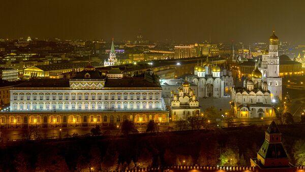 Соборная площадь Московского Кремля. Архивное фото