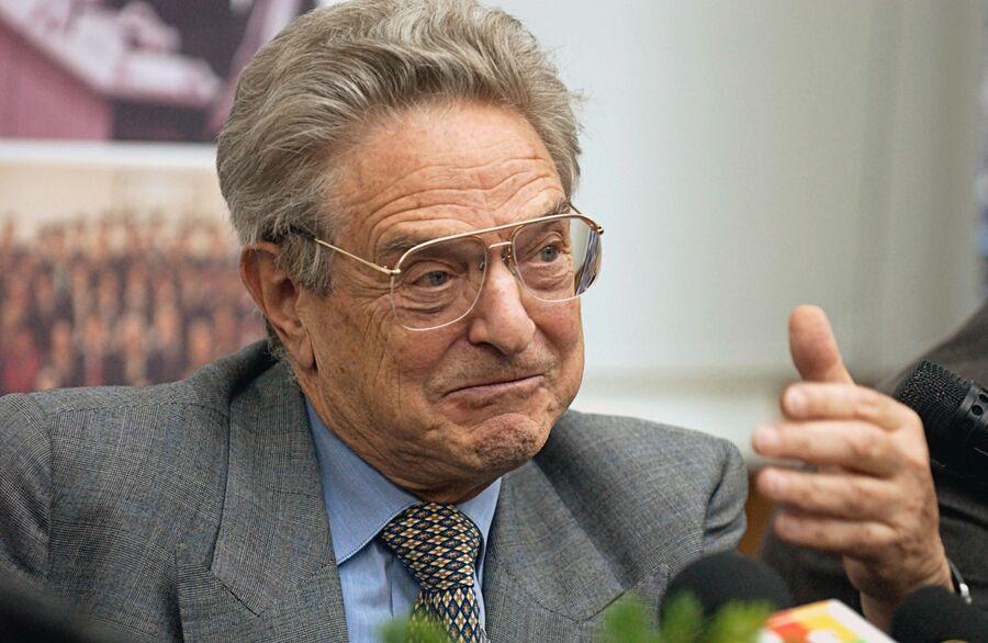 Американский предприниматель и филантроп Джордж Сорос в Москве