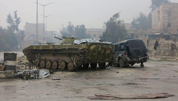 Бронетехника в освобожденном квартале восточного Алеппо