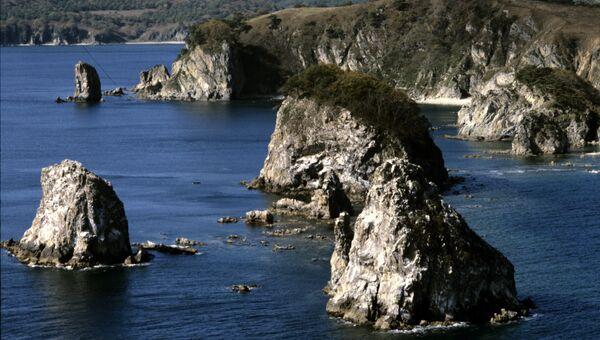 Береговая черта западного участка Дальневосточного морского заповедника. Залив Петра Великого