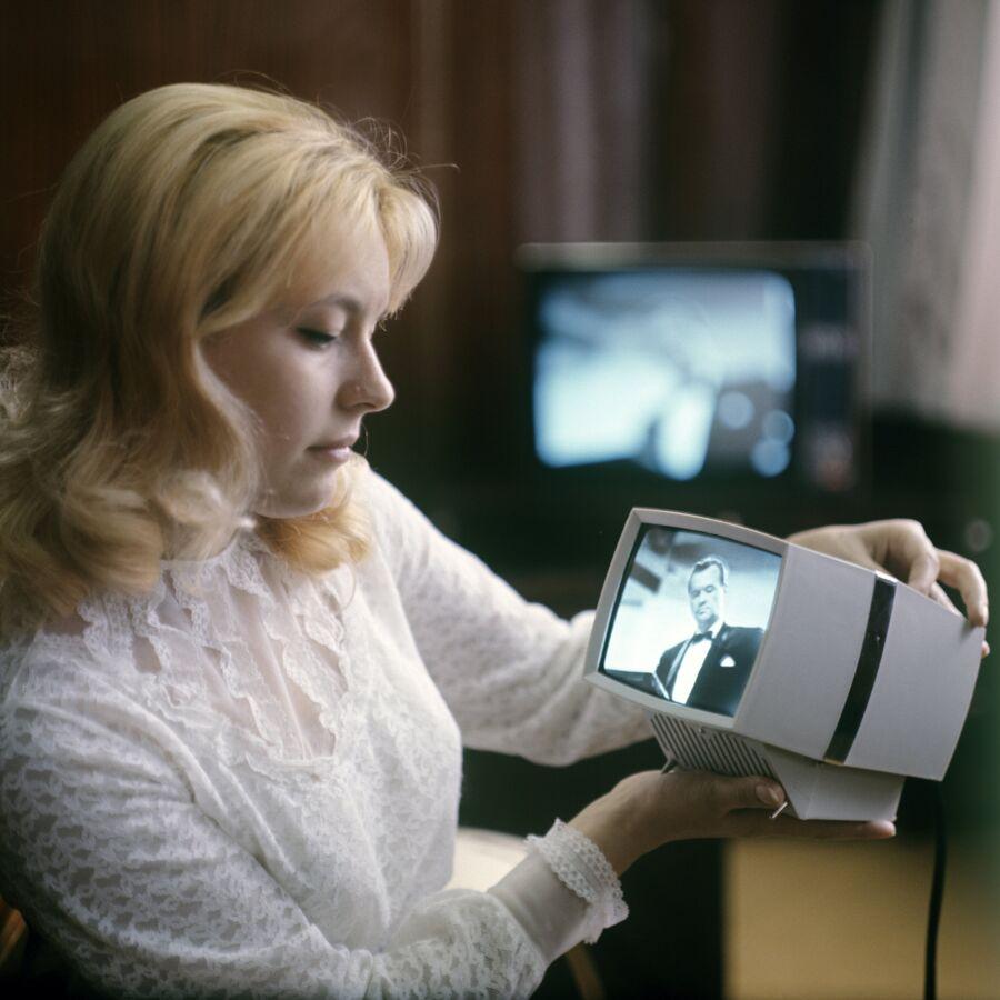 Переносная приставка к телевизору Квант, выпускаемая на Львовском заводе кинескопов